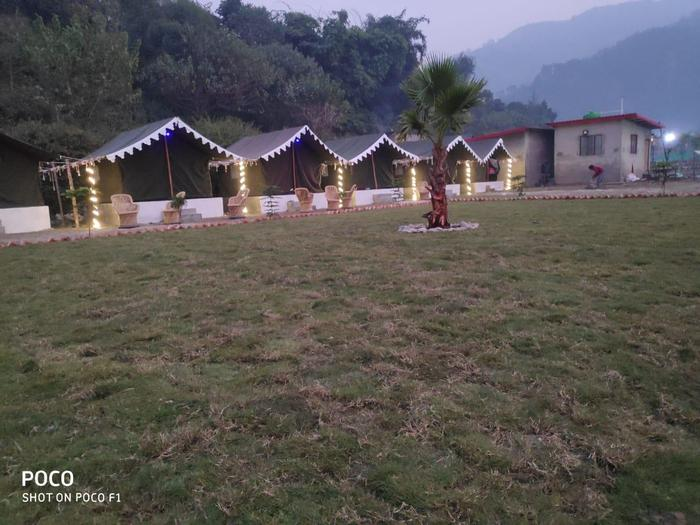 Rishikesh Camps Packages